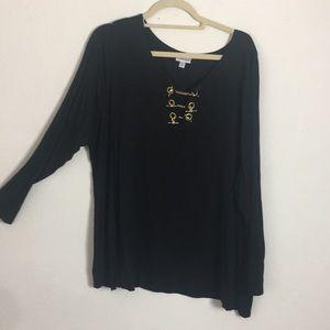 Avenue  blouse w/gold chain at neckline 22/24
